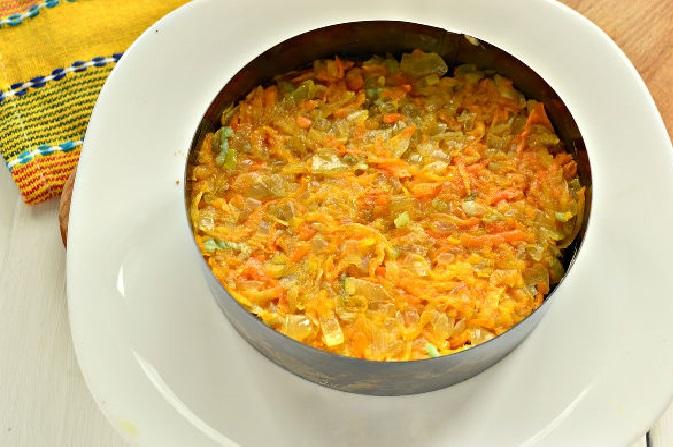 Тушёные овощи в форме