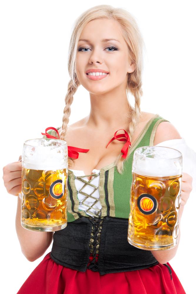 Угощать пивом