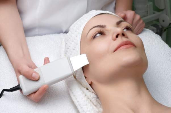 Преимущества и недостатки ультразвуковой чистки лица