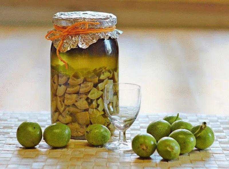 Варенье из молодых грецких орехов