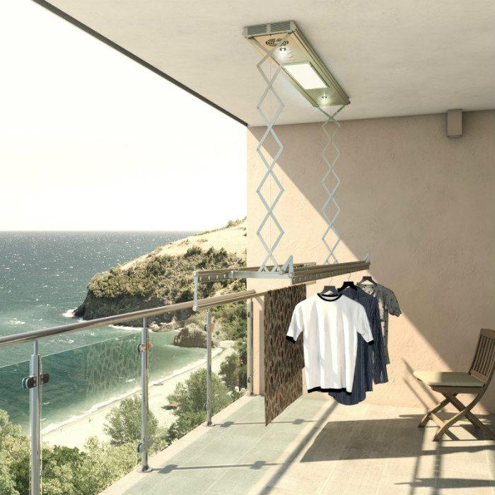 Потолочная сушилка-лиана на балконе