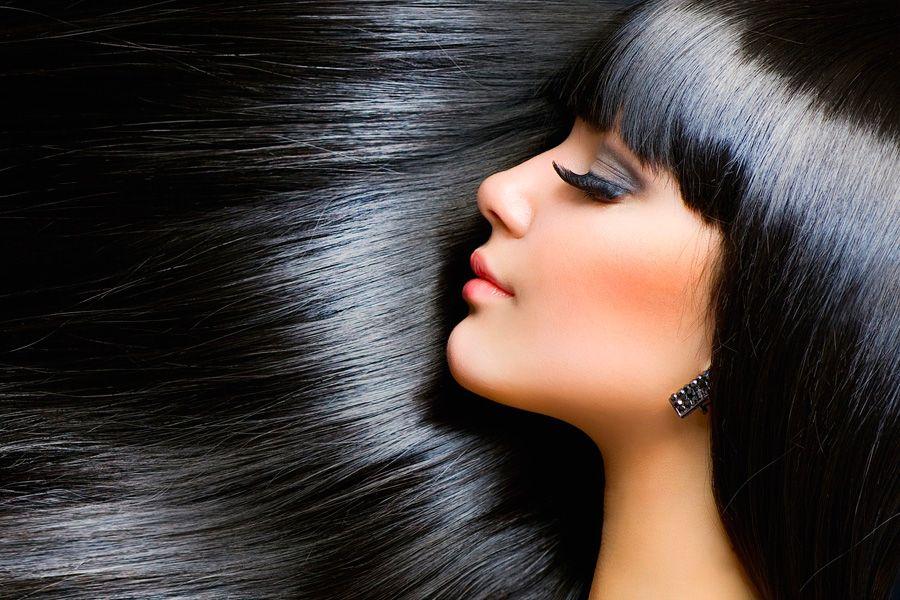 Блестящие волосы девушки