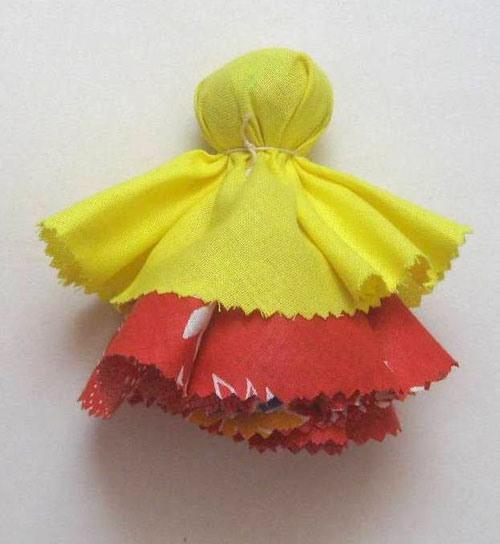 Вторая юбка куклы Колокольчик