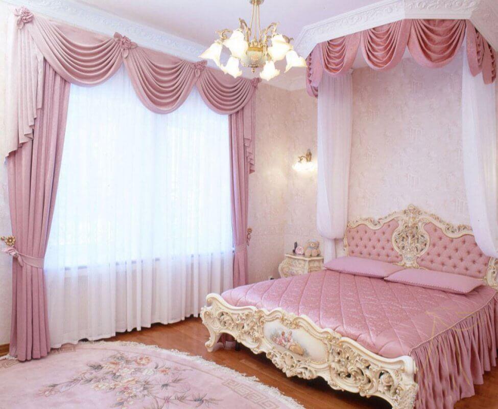 Занавески в спальне стиля ампир