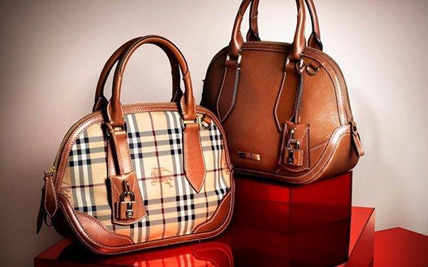 роль женской сумки