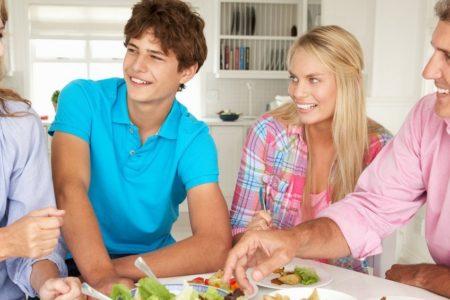 как правильно знакомить родителей парня и девушки