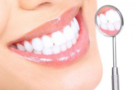 Клиновидный дефект: как не допустить потери зубов
